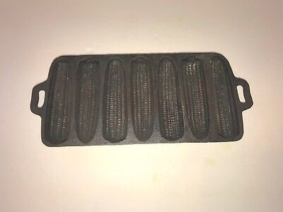 Vintage Antique Cast Iron Corn Bread Pan Primitive Farmhouse decor cookware Xmas