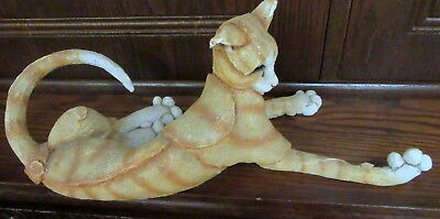 A Breed Apart Country Artists - Striped Cat Marmalade 02235  QUIRKY