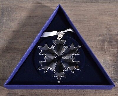 Swarovski Crystal 2018 Annual Edition Christmas Snowflake Ornament Big 5301575