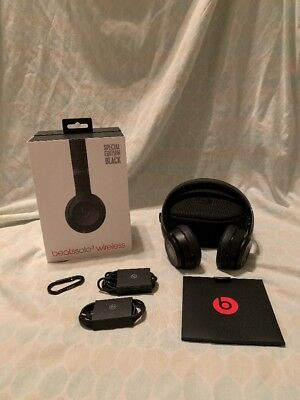 Beats by Dr. Dre Solo3 Wireless Headband Headphones Special Edition Matte Black