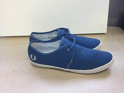 Fred Perry Mens Deck Shoes size 9    # 8a