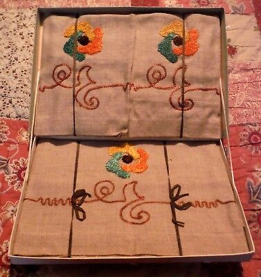 Pretty Vintage, Irish Linen, Embroidered Settee Set with Original Box.