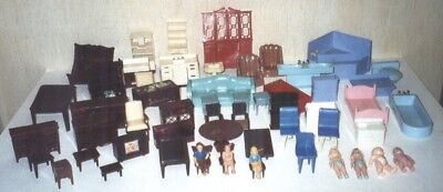 Lot of 50 Pieces Vintage Plastic Doll House Furniture + Dolls 1950's 1960's