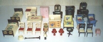 Lot of 24 Pieces Vintage Renwal Plastic Doll House Furniture 1950's 1960's