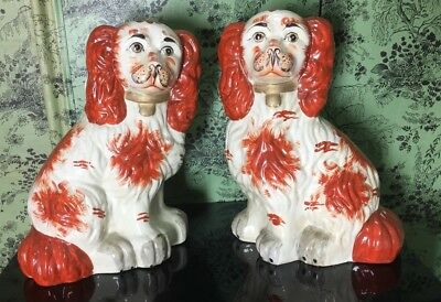 2 x Dog Ornaments (possibly Spaniels) 10a