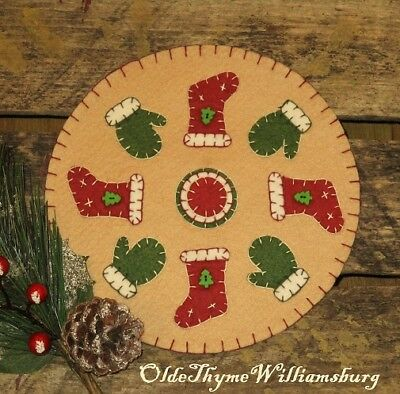 Primitive Stitchery CHRISTMAS Stockings & Winter Mittens Penny Rug ~ Candle Mat