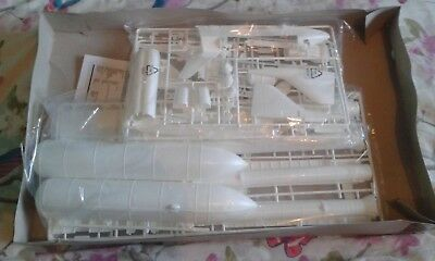Revell Space Shuttle and Booster Rockets 1:144 scale