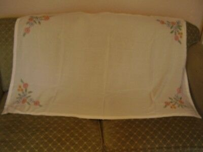 VINTAGE HAND EMBROIDERED TABLECLOTH ~ APPROXIMATELY 120cms X 80 cms