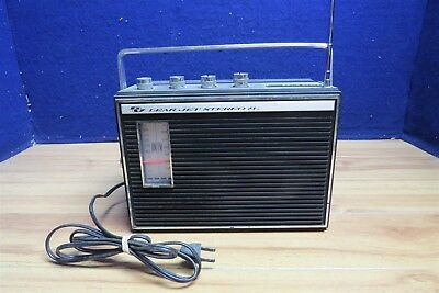 Solid State Lear Jet Stereo 8 Track Lv1642