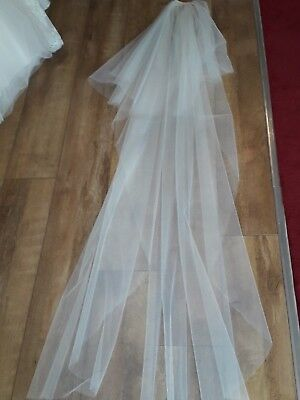 "Emmerling long 98"" ivory bridal veil Boxed  Bnwt"