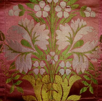 BEAUTIFUL RARE 18th CENTURY SILK c1750s,  LYON OR SPITALFIELDS REF 165