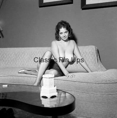Bunny Yeager Archive 1950s Original 2 1/4 Camera Negative BETTY YOUNG Pinup NUDE