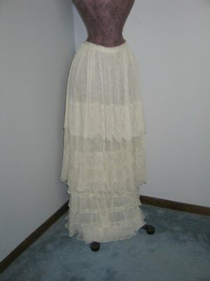 Exceptional ANTIQUE Vintage Edwardian LACE Skirt 1900s Lace-Layers of Ruffles