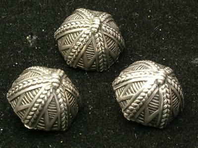 3 x LARGE 18mm HOLLOW FORM ANTIQUE 800 SILVER CONTINENTAL BUTTONS - LOT 4