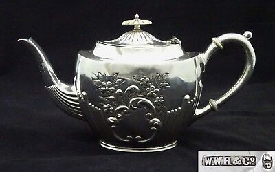 VINTAGE CLASSIC W.W.H &C o HALF FLUTED ORNATE EMBOSSED TEA POT SILVER PLATED