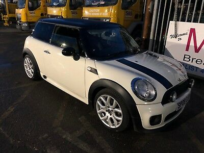 2008 Mini Cooper 1.6 D White Jcw Body Styling - Lovely Car - £20 Tax Per Year!!