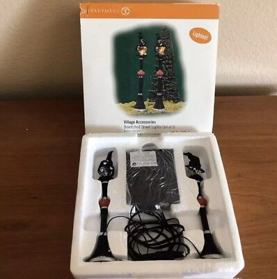 Dept 56 Halloween Gothic Street Lamp Set of 2 #56.52961 NIB