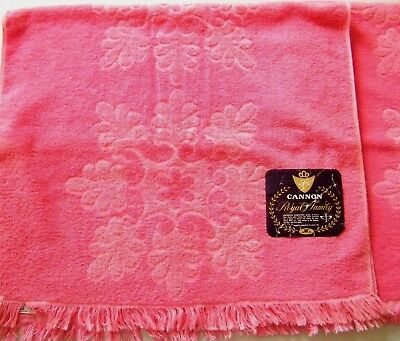 """2 Mid Century Royal Family Cannon All Cotton Pink Sculptured Bath Towels 40""""X24"""""""