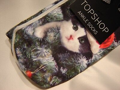 Topshop Ankle Socks Cute Cat Wearing Santa Hat in Christmas Tree Meowy Xmas  NEW b670c4850