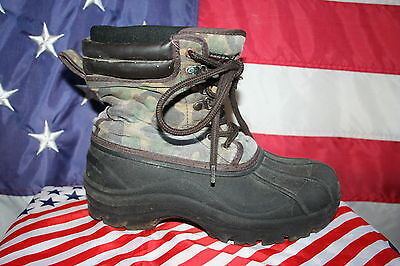 boys Faded Glory Camouflage Boots Size 5: snow/sled/play/school/outdoors #2656