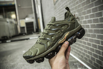 b274b62d13b NIKE AIR VAPORMAX Plus Men s Sneakers Running Trainers (Army green ...