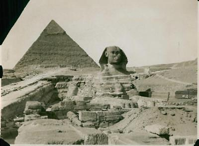 The great Pyramid of Cheops and the Great Sphinx - Vintage photo