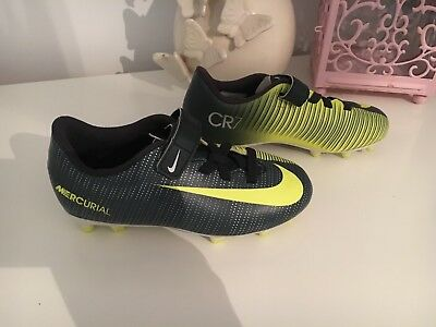 23bf8f071272 BOYS BNWT NIKE CR7 Ronaldo Astro Football Boots White Uk 6 Mercurial ...