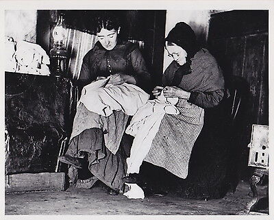 JACOB RIIS Two Women Sewing in Attic Room Lower East Side NYC c1880s press photo