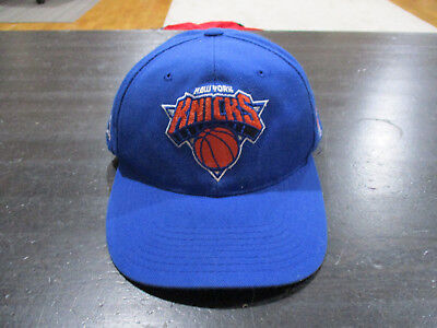 90babe03b93 VINTAGE Sports Specialties New York Knicks Snap Back Hat Cap Blue  Basketball 90s