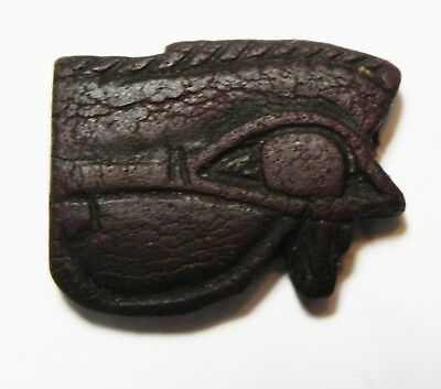 ZURQIEH -as10196- ANCIENT EGYPT. FAIENCE EYE OF HORUS AMULET. 600 - 300 B.C