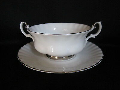 Royal Albert - CHANTILLY - Cream Soup and Stand