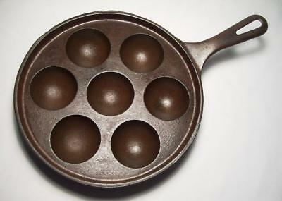 GRISWOLD ~ Vintage Cast Iron 7-Well AEBLESKIVER Pancake Ball Pan (962) ~ ERIE PA