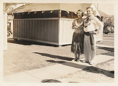 1933  Hawaiian Hula troop gal & guy Hawaii  Photo