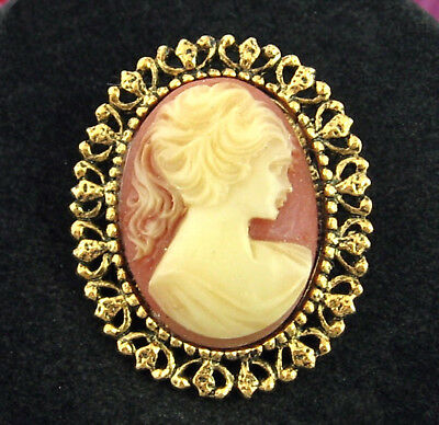 CAMEO PIN Vintage CREAM on PEACH Orange Brooch  Profile Goldtone Oval 1 1/2""