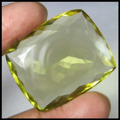 89.55 Carat Most Beautiful & Sparkling Green Gold Quartz Gemstone For Pendant