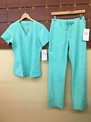 NEW Barco One Aqua Solid Scrubs Set With Small Top & XS Pants NWT