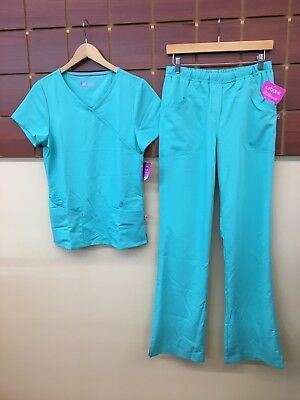 NEW Urbane Ultimate Turquoise Solid Scrubs Set With XS Top & XS Tall Pants NWT