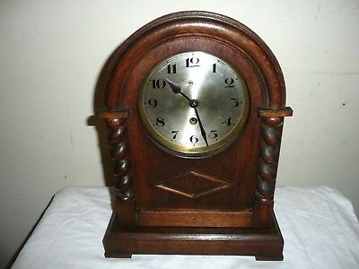 Antique, Doldonia Mantle Clock in Very Nice Oak Case, Made in Germany. Working.