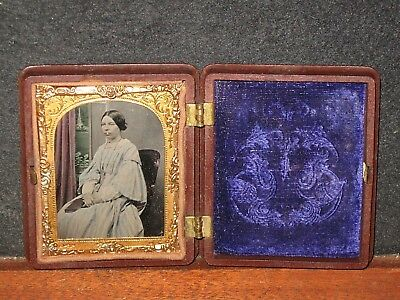 ANTIQUE AMBROTYPE PHOTO 1/9 PORTRAIT BEAUTIFUL LADY TINTED Gutta Percha Case