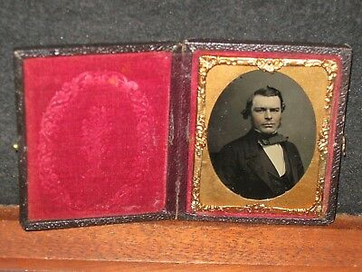 Antique Ambrotype Photo 1/9 Portrait Of A Handsome Man Well Dressed