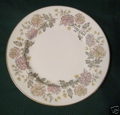 Paragon England FBC CHRYSANTHEMUM Lot of 4 Bread and Butter Side Plates MUMS