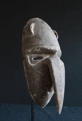 Traditional Papuan dance mask- Papua New Guinea
