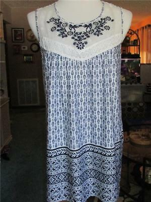 PerSeption Women's Size L Pretty Sleeveless Tunic Top With Embroidery & Crochet