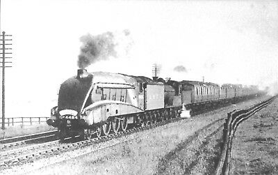 """4484 LNER GRESLEY 'A4' """"FALCON"""" - DBLE. HEADING UP FLYING SCOTSMAN c. 1938"""