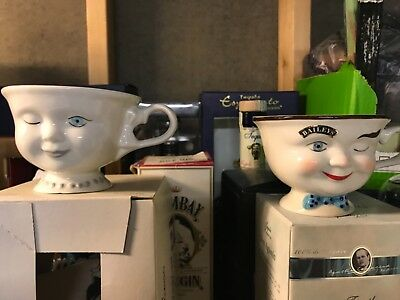 Baileys Collectible His & Hers Face Mug Coffee Cup 'Yum' 3D Winking Red Robin