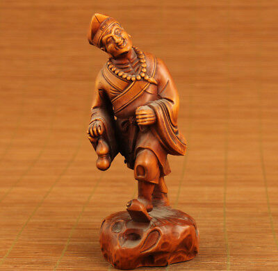 chinese old boxwood highly skilled doctor jigong netsuke statue collectable