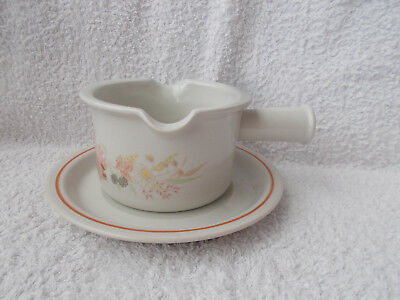 Boots Hedge Rose - Gravy or Sauce Boat with Saucer