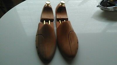 Wooden Men's She Shapers Stretchers Trees. Size 43-44 UK 9 - 9.5