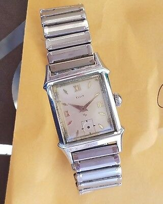 CB9: FANCY RARE ELGIN VINTAGE '40s WATERPROOF ART DECO ANGLED MENS WATCH RUNS A+
