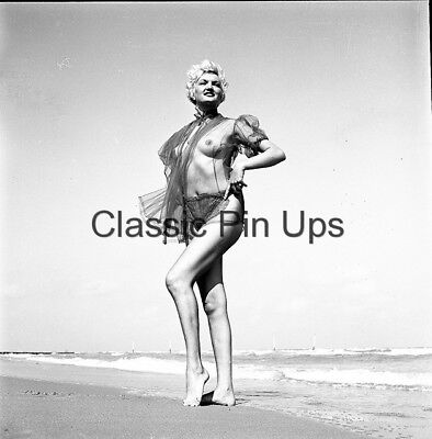 Bunny Yeager Archive 1950s Orig 2 1/4 Camera Negative LILLIAN BELL Pin Up NUDE